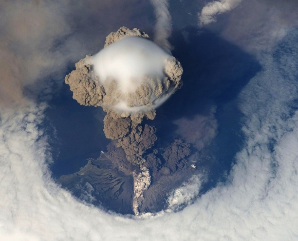 volcanic-eruption-67668_960_720
